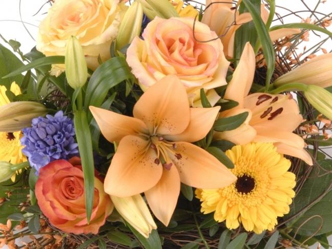 Ontdek wat onze bloemist in Houten met bloemen kan!